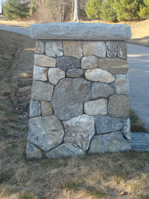 Stone Entrance Pillars : Freepstanding walls built to beautify and last